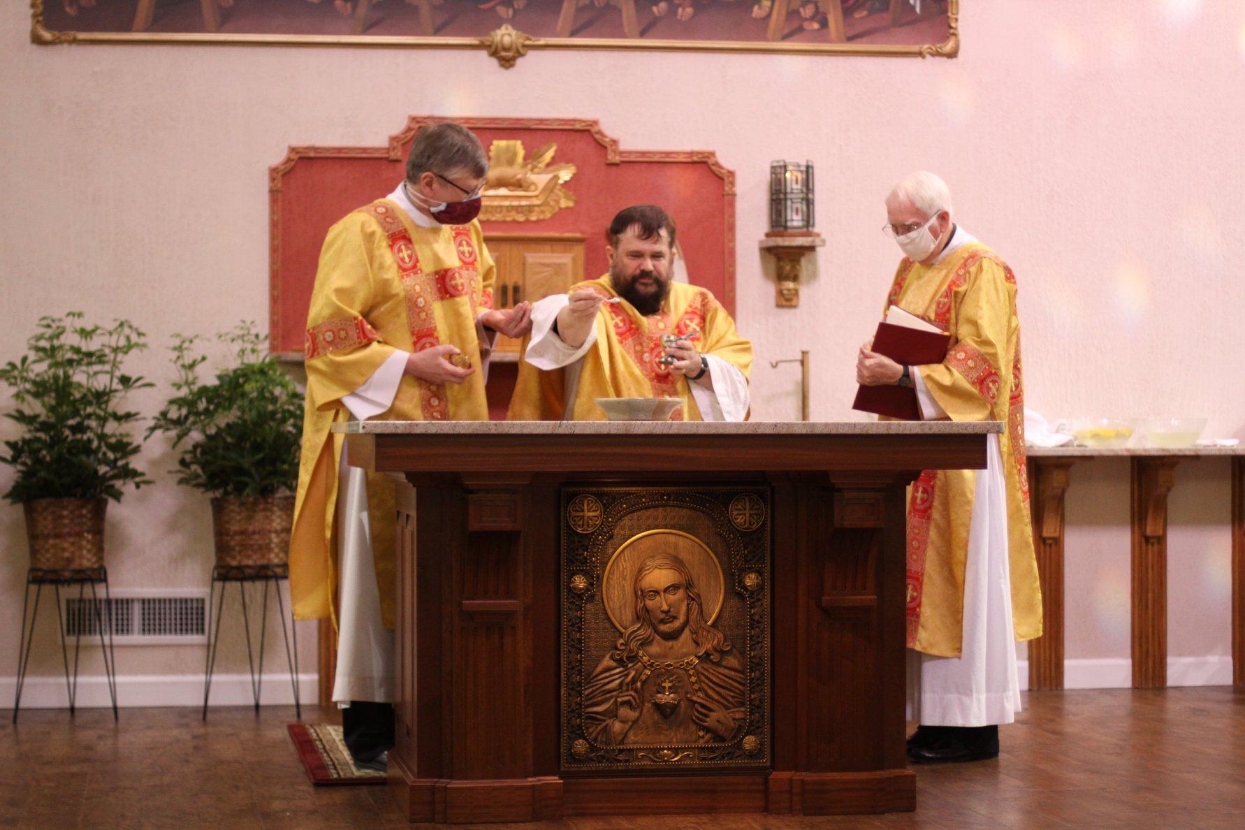 Altar Dedication-06